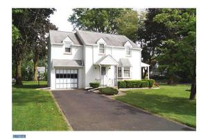1023 Hoover Ave, Feasterville, PA 19053
