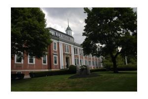 1475 Massachusetts Ave Apt 228, Lexington, MA 02420