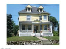 16 Nathan Hale St, New London, CT 06320
