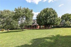 1121 Beechcroft Rd, Spring Hill, TN 37174