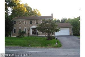 8814 Tuckerman Ln, Potomac, MD 20854