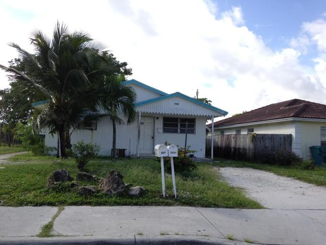 West Palm Beach Triplex Fourplex