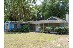 206 N Montclair Ave, Brandon, FL 33510