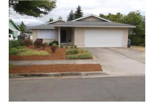 2033 7th St, Springfield, OR 97477