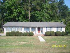 1401 Dogwood Ln, Dillon, SC 29536