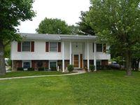 805 Elaine Dr, Fulton, MO 65251