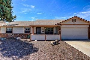 8913 W Cinnabar Ave, Peoria, AZ 85345