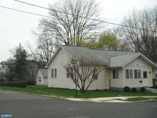 100 Loney St, Rockledge, PA 19046