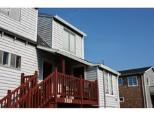 3310 Nw Jetty Ave Apt 2, Lincoln City, OR 97367