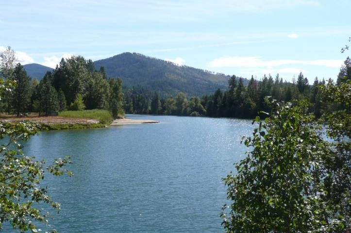 24962 E Killarney Lake Rd, Cataldo, ID 83810