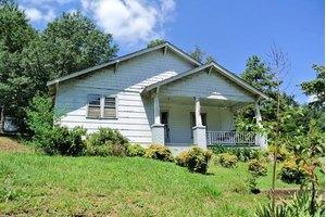 163 S Hillside St, Rutherfordton, NC 28139