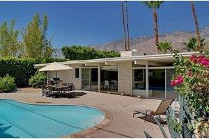 1344 S Calle De Maria, Palm Springs, CA 92264
