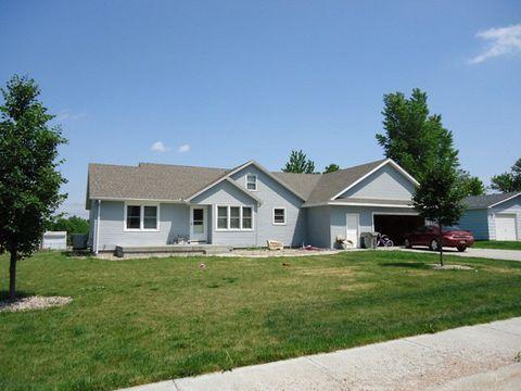 Photo of 126 East St, Phillips, NE 68865