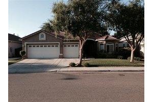 2888 E Muncie Ave, Fresno, CA 93720