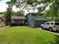 23618 Felch St, Warrensville Heights, OH 44128