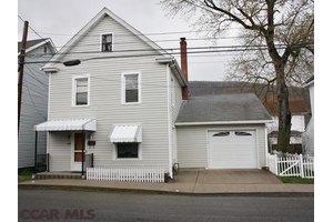 1414 Burley Ave, Tyrone, PA 16686