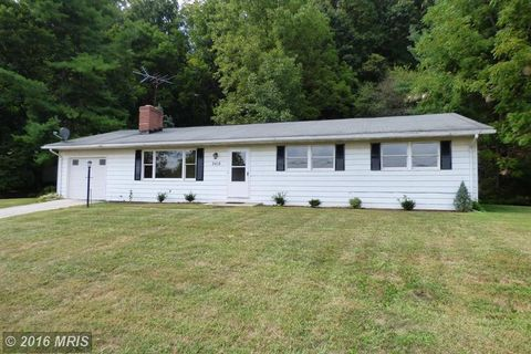3418 Lineboro Rd, Manchester, MD 21102