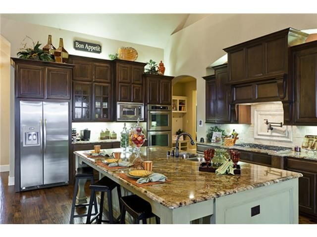 island for kitchen 221 e highland st southlake tx 76092 realtor 174 31449