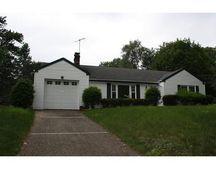 1095 Bay Rd, Sharon, MA 02067