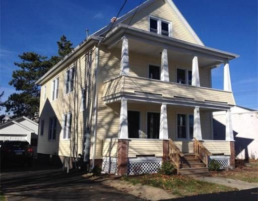 16 Chateaugay St, Chicopee, MA 01020