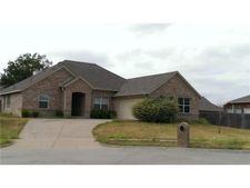 511 Hidden Meadow Ct, Desoto, TX 75115