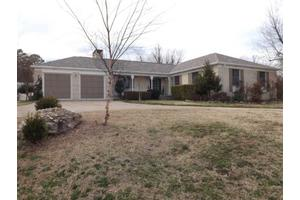 310 Ridgecrest Dr, Mountain Home, AR 72653