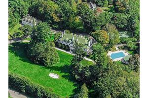 2 Cooper Rd, Scarsdale, NY 10583
