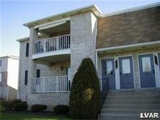 2610 Rolling Green Dr, Lower Mac Ungie Township, PA 18062