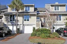 38 Linkside Ct, Isle Of Palms, SC 29451