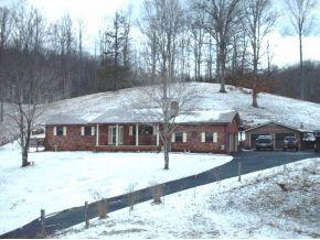 158 Fork Mountain Rd, Roan Mountain, TN 37687