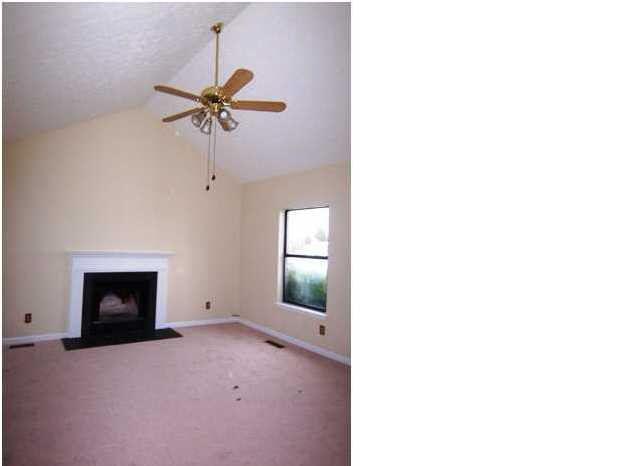 435 John Henry Rd, Taylorsville, KY 40071