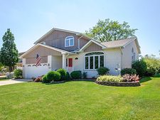 17046 Lockwood Ave, Oak Forest, IL 60452