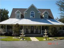 4501 Leisure Lakes Dr, Chipley, FL 32428