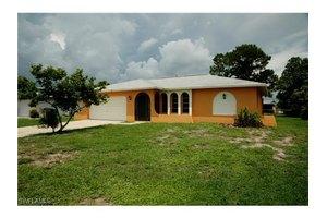 4203 SW 6th Pl, Cape Coral, FL 33914
