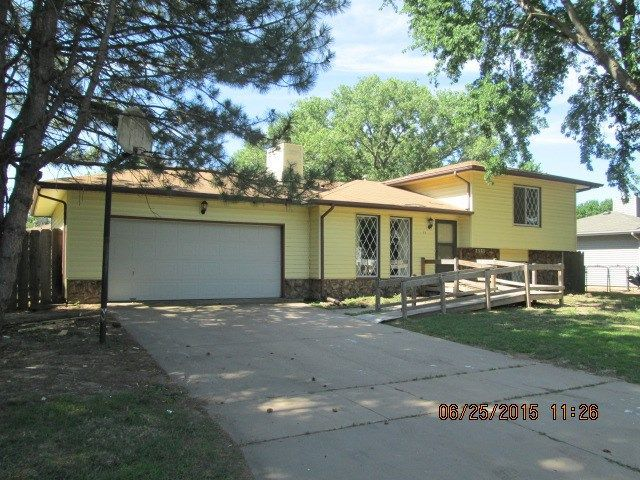 615 E Maywood St Wichita Ks 67216 Home For Sale And Real Estate Listing