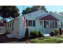 167 Harris St, Pawtucket, RI 02861