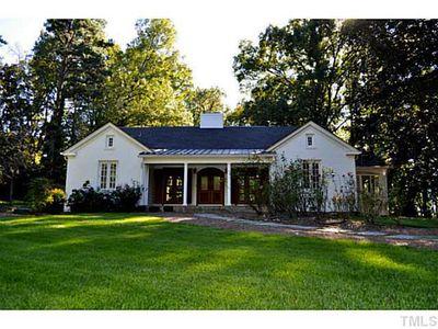 302 Country Club Rd, Chapel Hill, NC