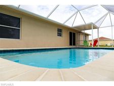 212 Nw 22nd Ct, Cape Coral, FL 33993