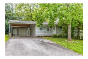 104 Berry Dr, Gray Summit, MO 63039