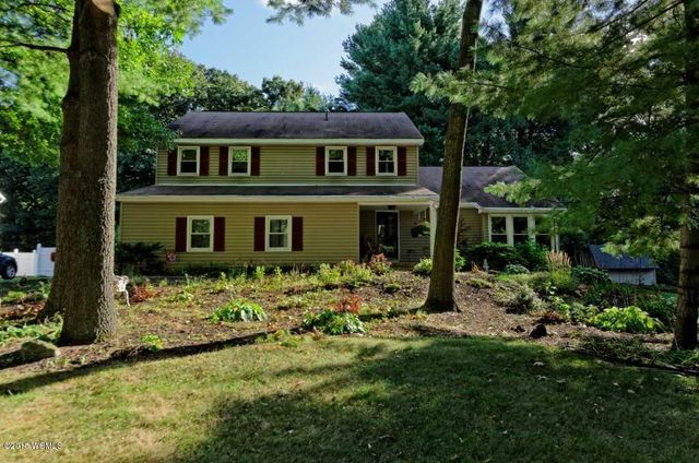 45 Southbury Rd Clifton Park Ny 12065 Recently Sold Home Price