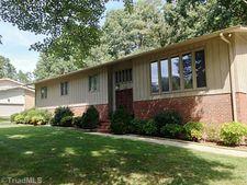 110 Sagewood Rd, Jamestown, NC 27282