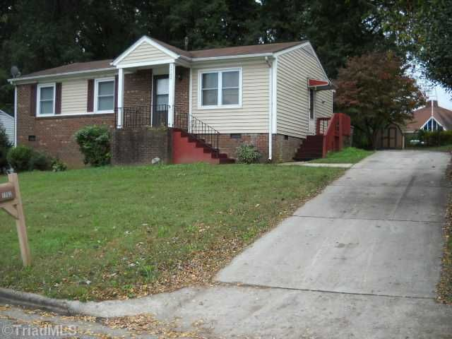1702 Larkin St, Greensboro, NC 27406