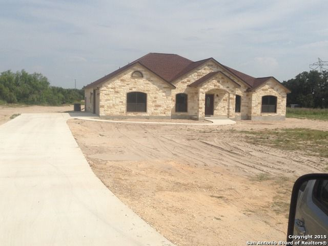 66 oak fields dr floresville tx 78114 home for sale and real estate listing