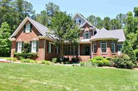 3208 Signature Ln, Raleigh, NC 27606