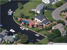 9 Gull Point Rd, Monmouth Beach, NJ 07750