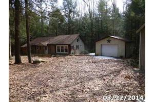 2992 New Lancaster Valley Rd, Milroy, PA 17063