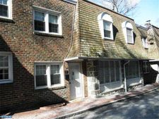 104 W Montgomery Ave Apt D, Ardmore, PA 19003