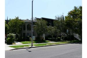 5400 Simpson Ave Apt 12, Valley Village, CA 91607