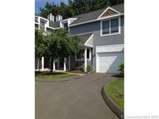 15 Riverwalk Dr, Simsbury, CT 06089