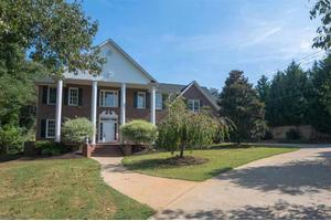 404 Willowbrook Dr, Spartanburg, SC 29301